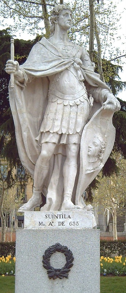 Estatua de Suintila. Plaza de Oriente. Madrid